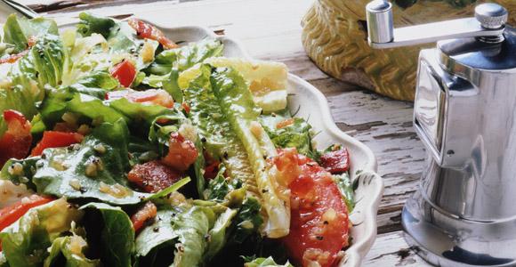 Mediterranes Menü mit Spargel
